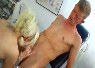 Bleached sister gives a passionate blowjob
