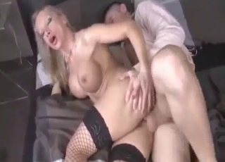 Bleached big-boobed female likes nasty banging